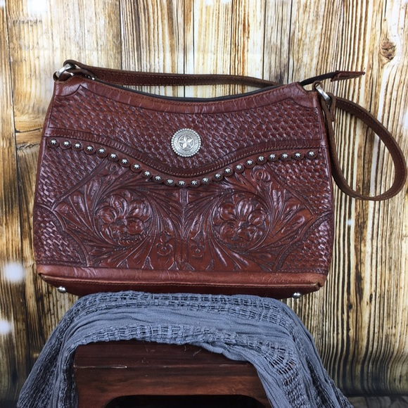 013d0664a34 Vintage American West tooled leather purse. Beauty